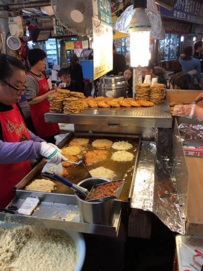 seafood-pancake-stall2