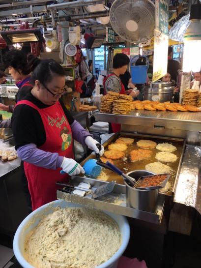 seafood-pancake-stall3