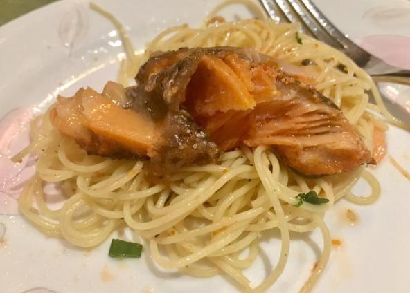 truffle oil mentaiko capellini with salmon