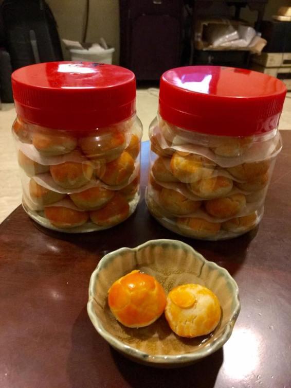 pineapple-tarts-almond-cookies
