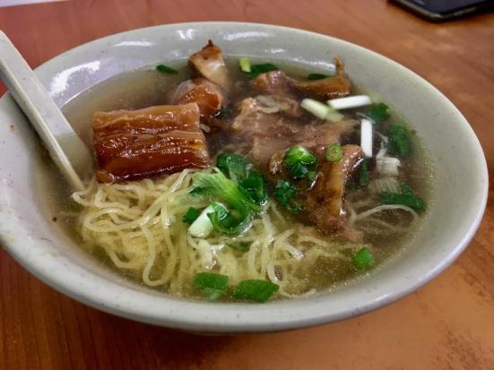 beef brisket cum tendons noodles 牛腩牛根面 HK$28