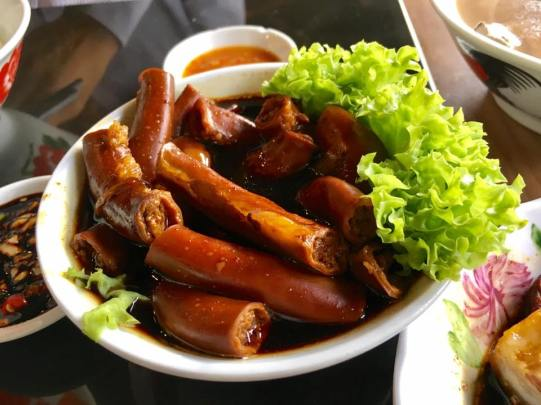 braised small intestines
