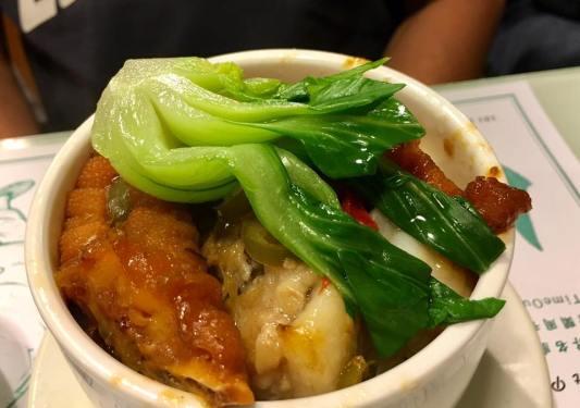 chicken feet pork rib rice 凤爪排骨饭