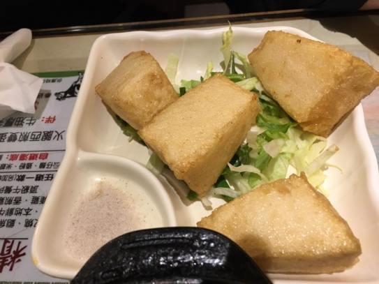 1 in thick fish cakes @ chuen mun kee 銓满记