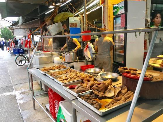braised items @ 振记粥面店, cheung chau market stall