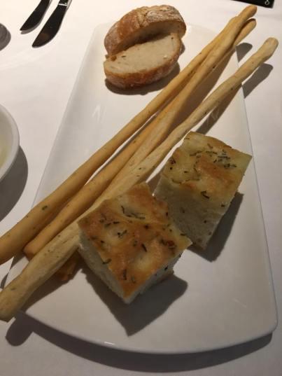 focaccia, baguette & breadstick