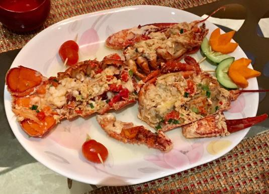 lobster in superior stock 龙虾上汤焗