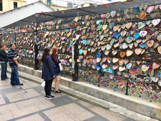 love locks - cheung chau in korean fever??