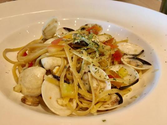 vongole linguine 4-course set S$12.90