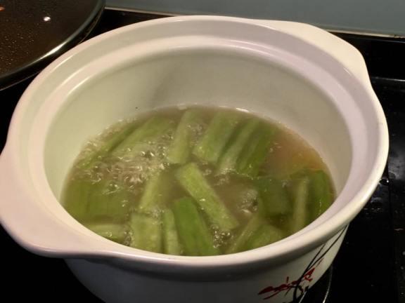 bittergourd pork rib soup苦瓜排骨汤