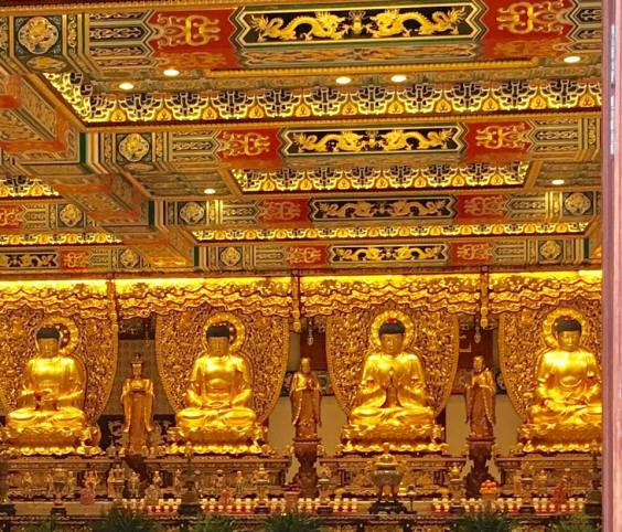 grand hall of the 10,000 buddhas