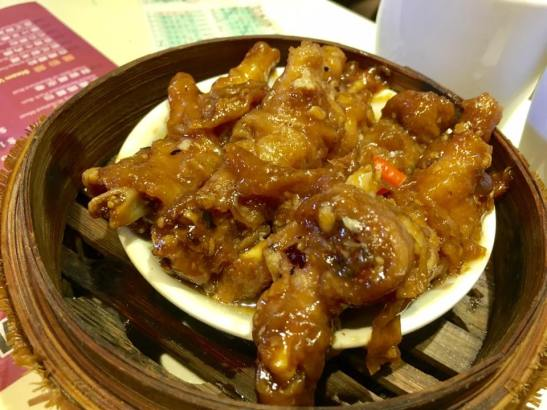 steamed chicken feet 蒸凤爪