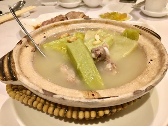 claypot bittergourd pork ribs 苦瓜炆排骨 = HK$108