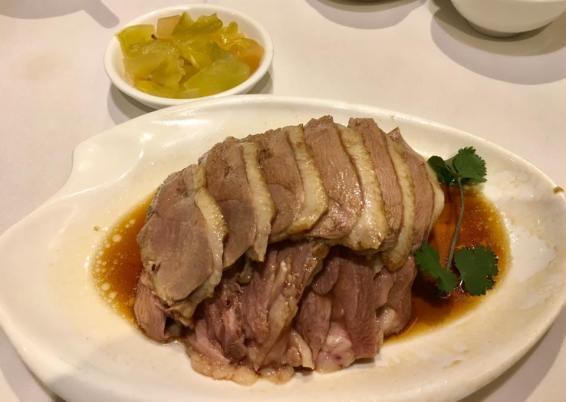 braised goose (regular portion) 鲁鹅例 = HK$198