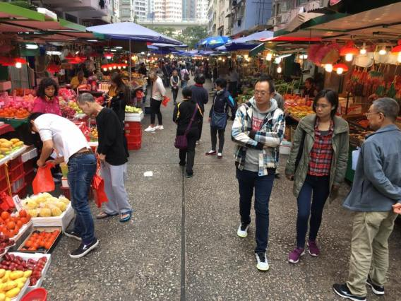 shau kei wan street market