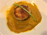 #3 pan seared hokkaido scallops on pumpkin puree 👍👍