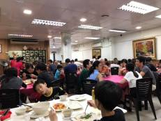 quite crowded on a monday dinner