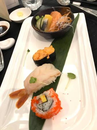 sashimi sushi pedestrain