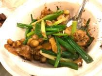 沙煲姜葱田鸡
