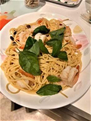chorizo prawn spaghetti