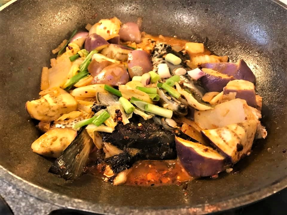 mala spiced pot with salmon head 麻辣香锅2