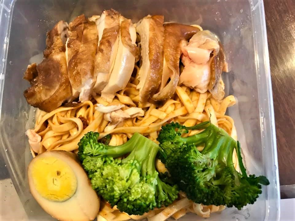 soya sauce chicken dry bean noodles