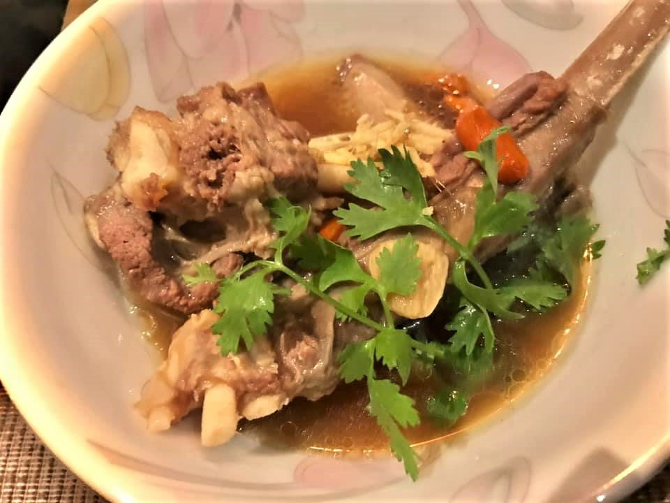 chinese herbal mutton ribs soup3
