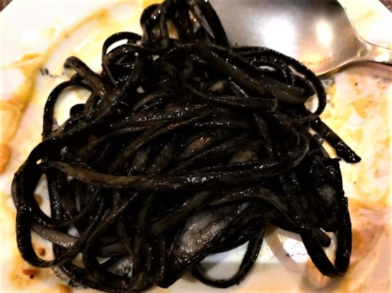 squidink linguine with squid2