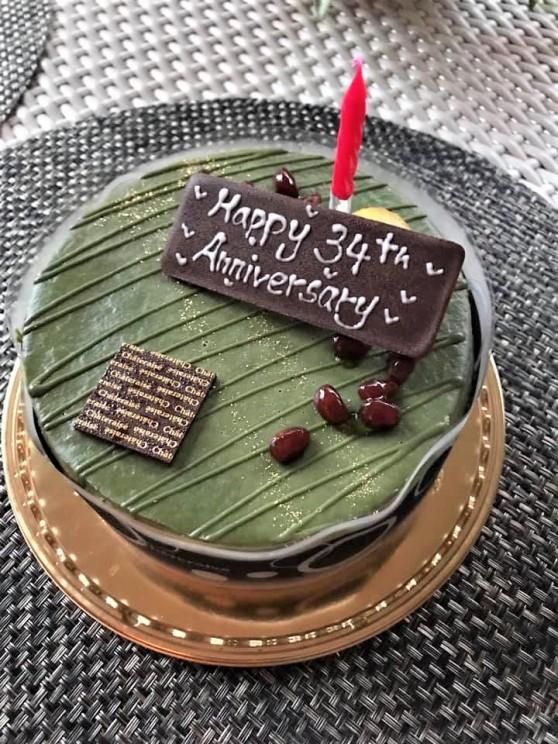 anniversary macha cake